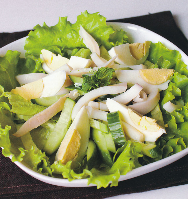 Салат с огурцом и яйцом рецепт