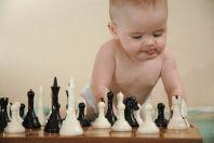 Развивающие игры для ребёнка 10, 11, 12 месяцев