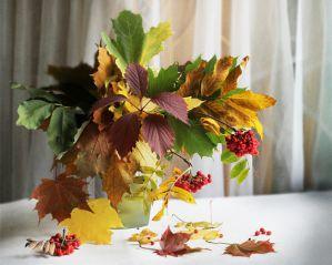 Осенний праздник в детском саду. Средняя группа